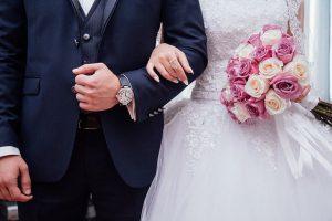 חתונה בזמן לימודים